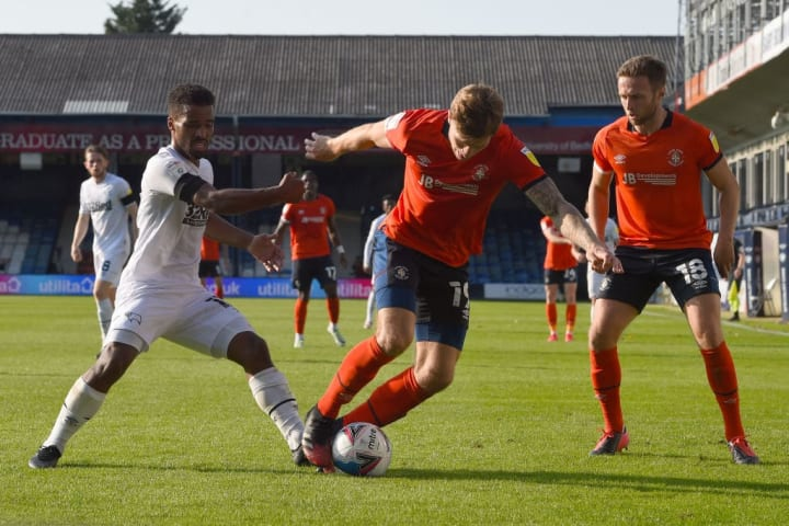 luton town vs man united - photo #26