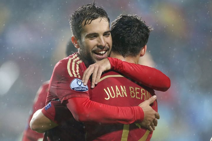 Einstige Nationalelf-Kollegen: Jordi Alba (l.) und Juan Bernat (r.)