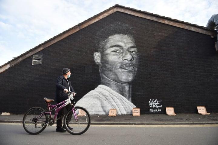 Marcus-rashford-mural-in-manchester
