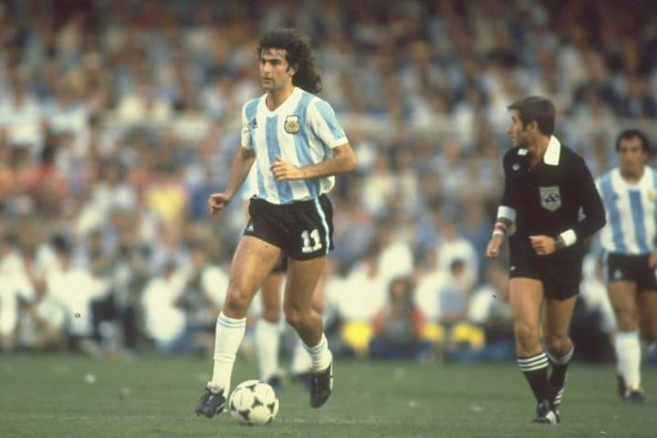 Mario Kempes of Argentina