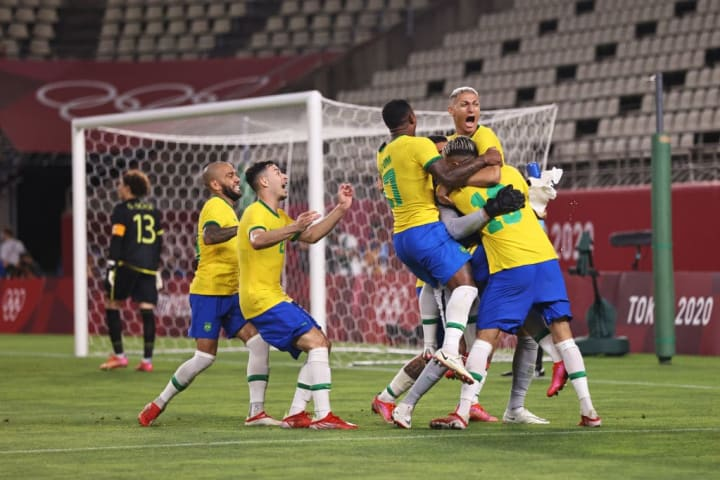 Brazil won a one-sided penalty shootout against Mexico