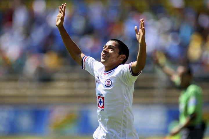 Monarcas Morelia v Cruz Azul - Apertura 2010