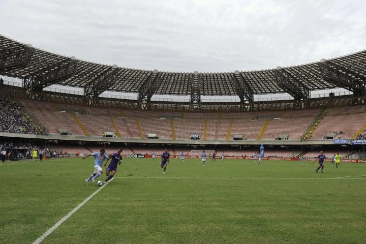 Napoli and Fiorentina soccer teams play