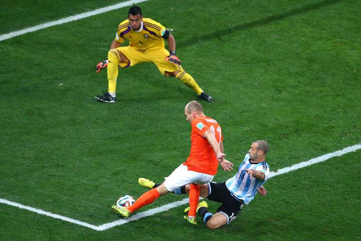 Arjen Robben, Sergio Romero, Javier Mascherano