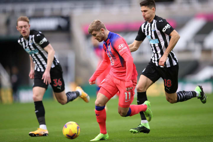 Timo Werner escapes the attention of Federico Fernandez