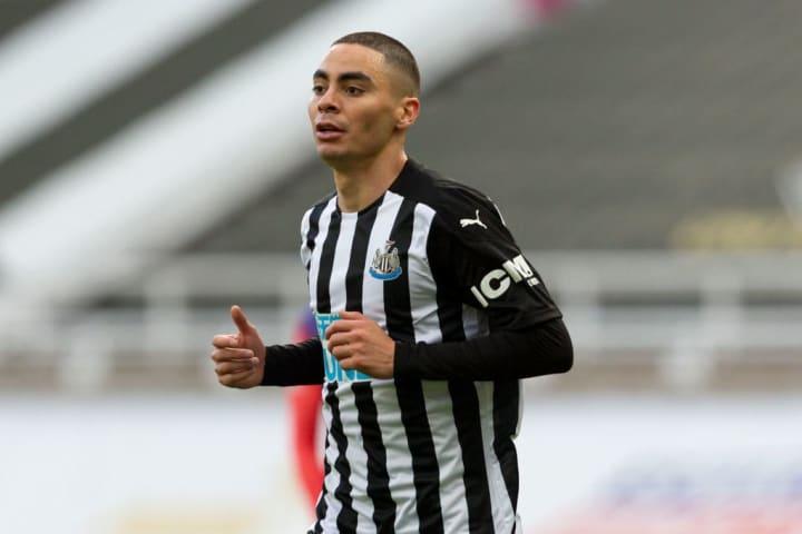 Newcastle-united-v-chelsea---premier-league
