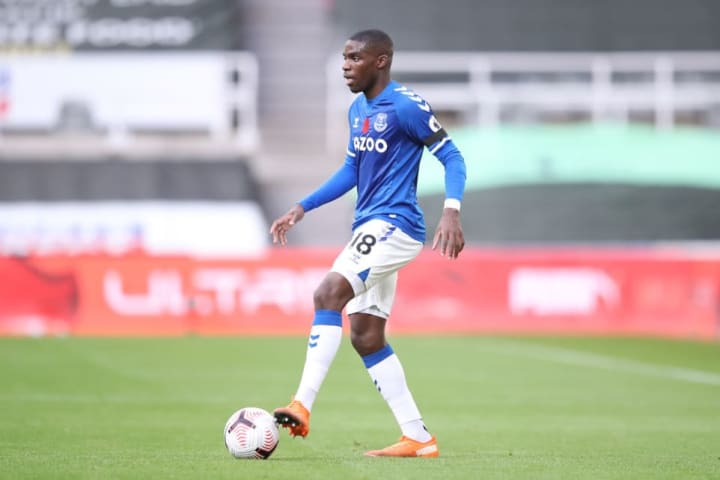 Niels Nkounkou will likely deputise for Digne