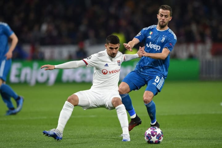 Pjanic was show up by Houssem Aouar against Lyon before the break
