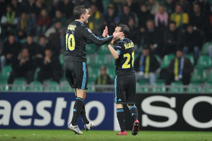 A bit of a big man / little man partnership here