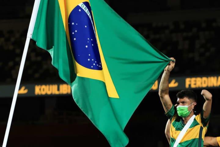 Paralimpiada bandeira Petrucio Ferreira Dos Santos