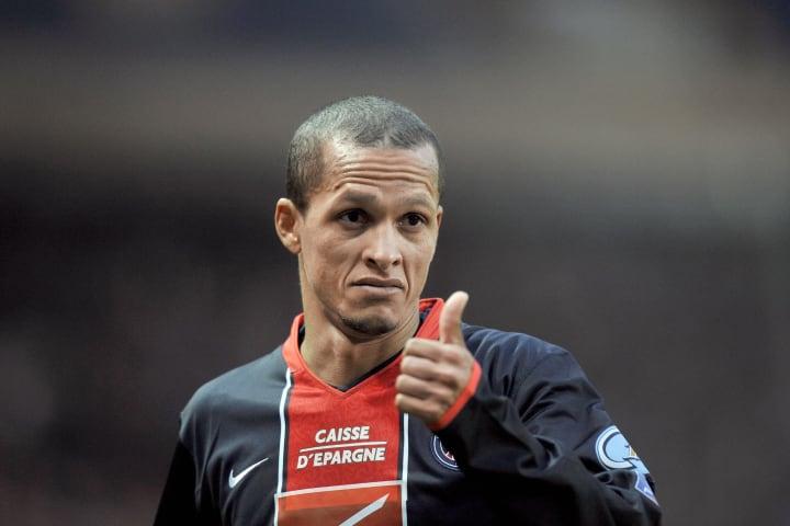 Paris Saint-Germain's midfielder William