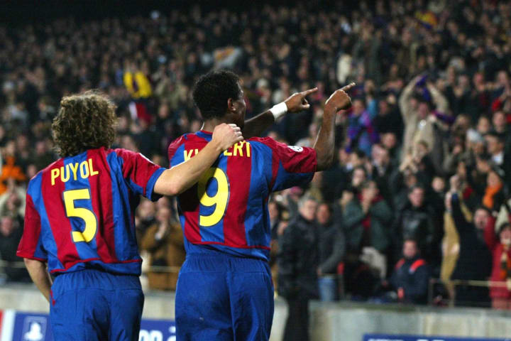 Patrick Kluivert of Barcelona celebrates his goal