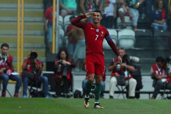 Portugal v Faroe Islands - FIFA 2018 World Cup Qualifier