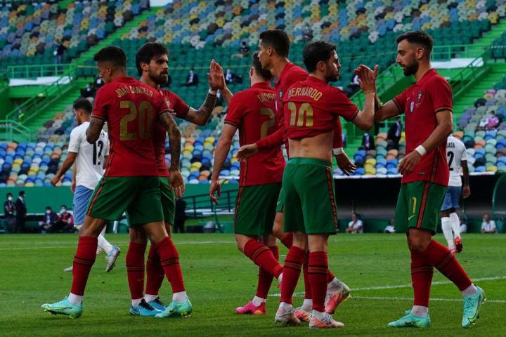 Bruno Fernandes, Bernardo Silva, Cristiano Ronaldo, Diogo Jota, Ruben Neves, Joao Cancelo