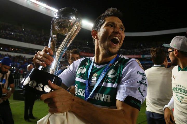 Jesus Molina tras ganar el Clausura 2015 con Santos Laguna