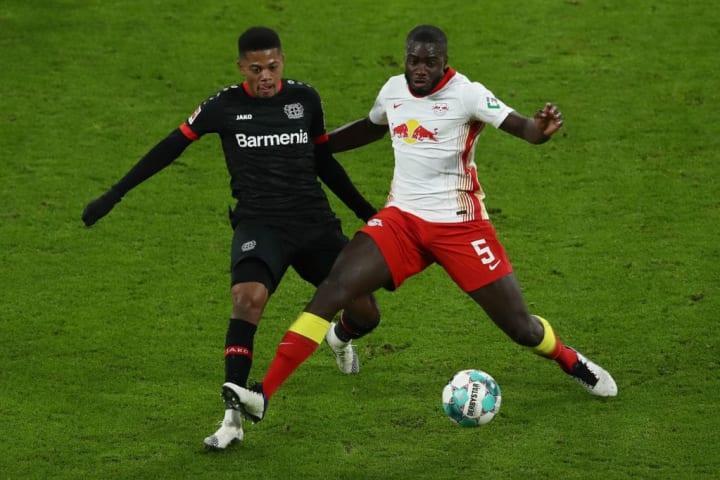 Hậu vệ người Pháp đang là mục tiêu của rất nhiều đội bóng trên khắp châu Âu