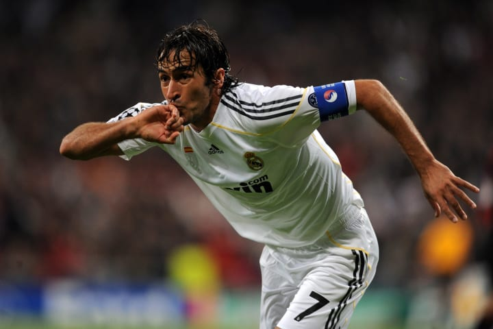 Real Madrid's captain Raul Gonzalez cele