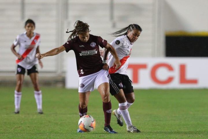 Nicoly,Ferroviária, Libertadores