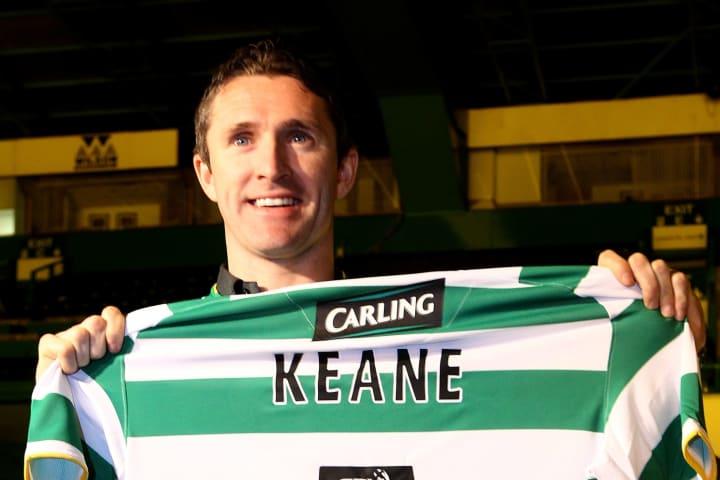 Robbie Keane lors de sa signature en prêt en provenance de Tottenham.