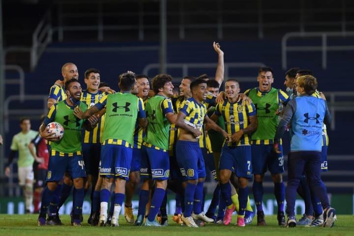 Rosario Central v Newell's Old Boys - Copa de la Liga Profesional 2021