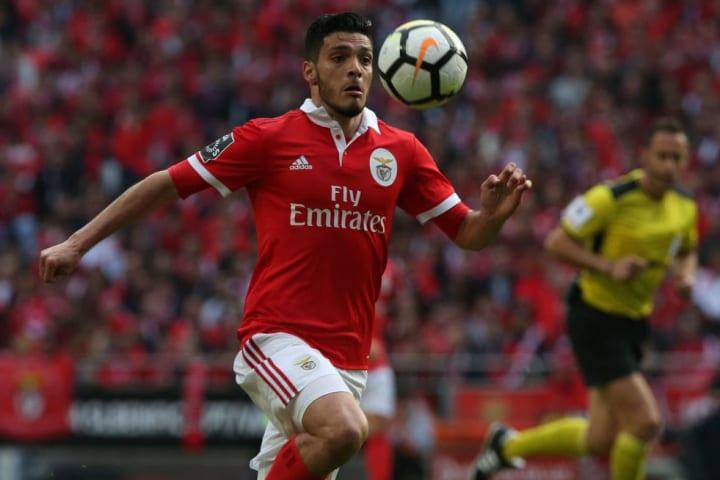 Raúl con el Benfica