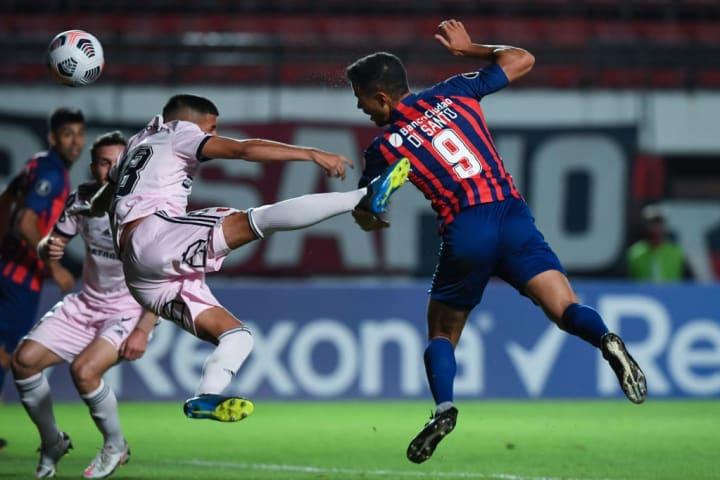 Franco Di Santo Santos San Lorenzo Libertadores