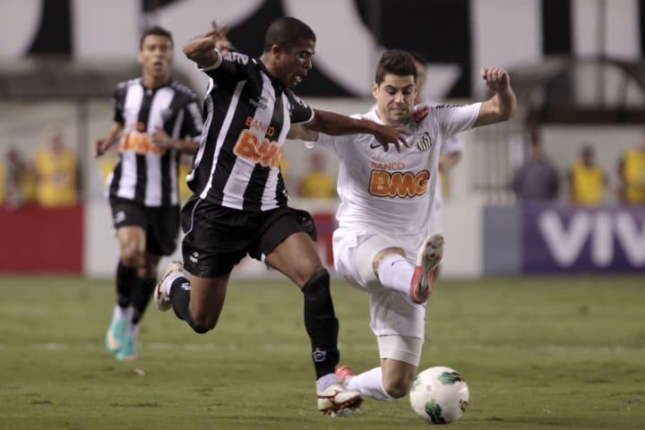 Junior Cesar Miralles Troca Grêmio Santos Elano