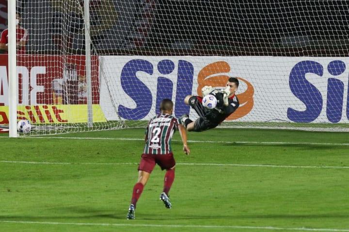 Tiago Volpi São Paulo Cuiabá Campeonato Brasileiro