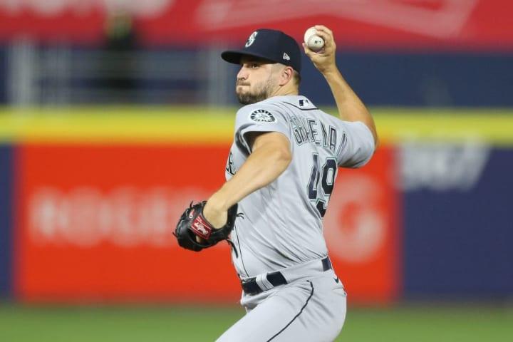 Kendall Graveman tiene un total de 27 ponches propinados en 29 innings lanzados con los Marineros de Seattle en la campaña