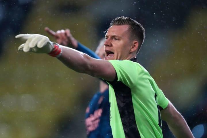 Bernd Leno started in goal for the Gunners