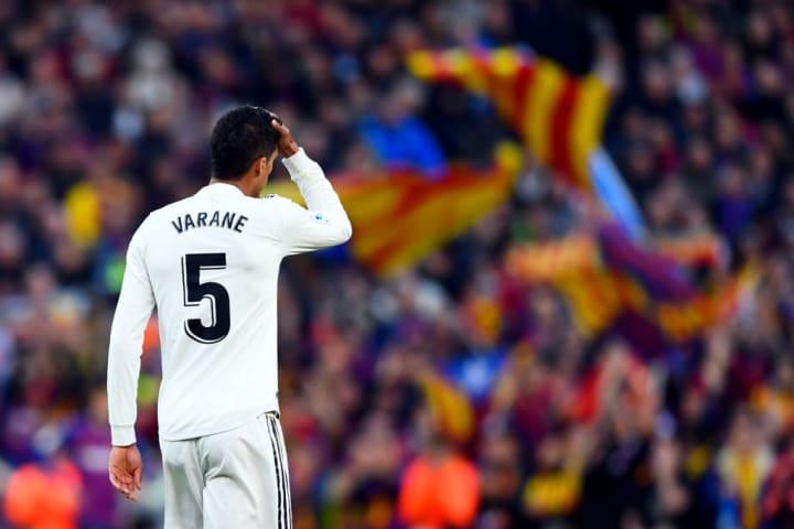 Varane Real Madrid Manchester United Negociação Milhões Euros