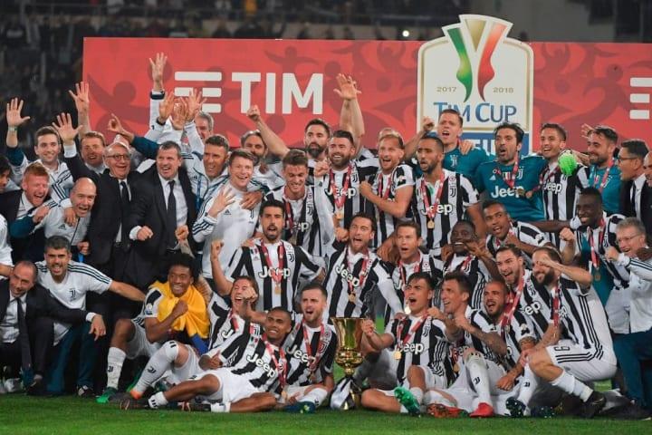TOPSHOT-FBL-ITA-CUP-JUVENTUS-MILAN-FINAL