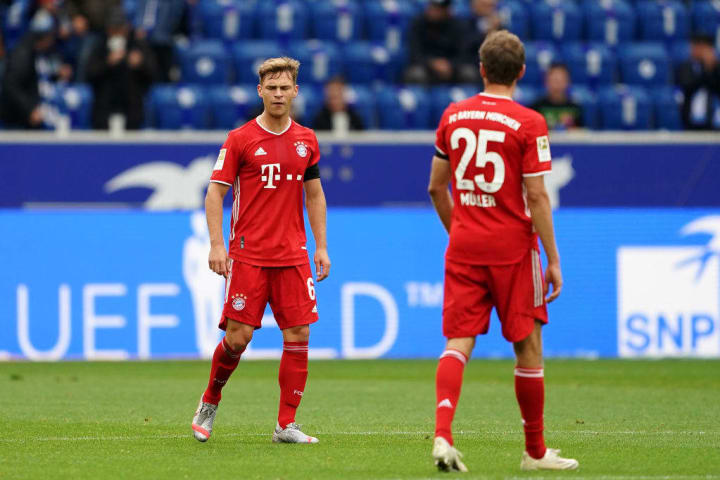 Joshua Kimmich (L) and Thomas Müller combined for Bayern's first goal on Sunday