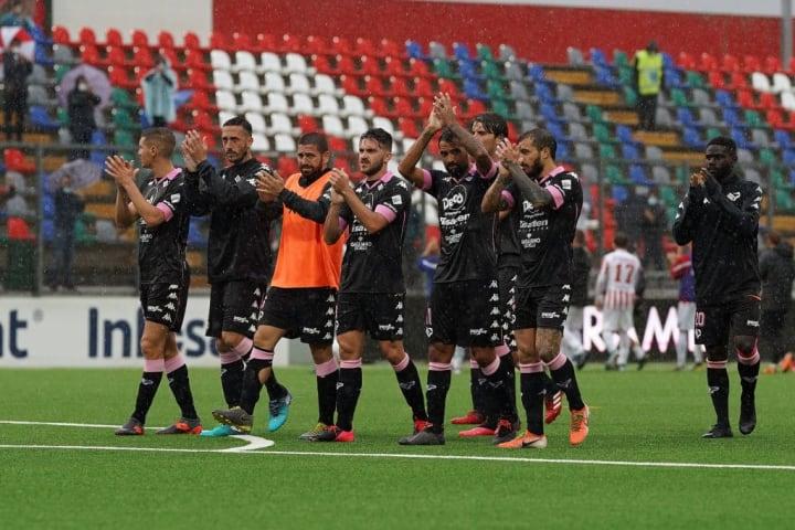 Teramo Calcio v Palermo - Lega Pro
