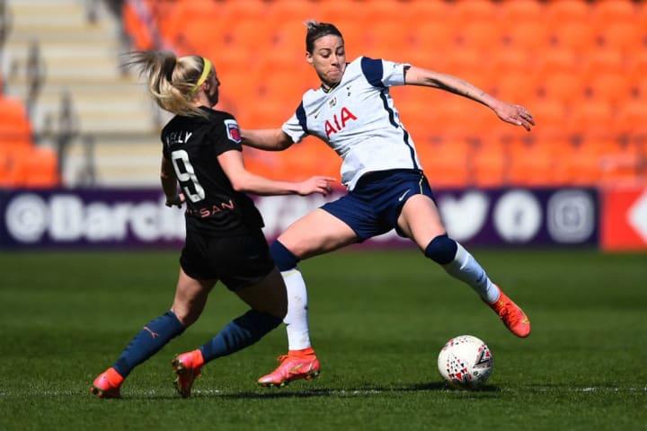 Spurs' Alanna Kennedy battles with Man City's Chloe Kelly
