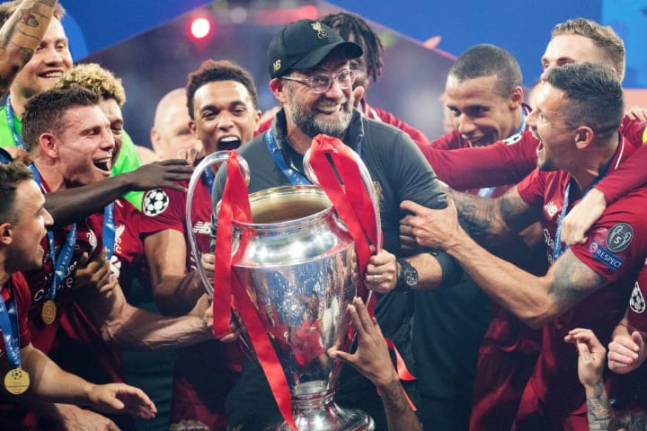 Jurgen Klopp lifts the Champions League trophy