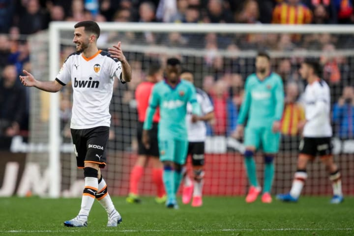Barcelona Looking to Strengthen at Left-Back With Valencia Fire Sale