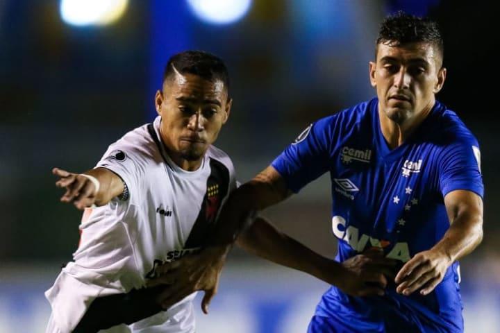De Arrascaeta Yago Pikachu Cruzeiro Vasco da Gama Grupo Libertadores Morte 2018