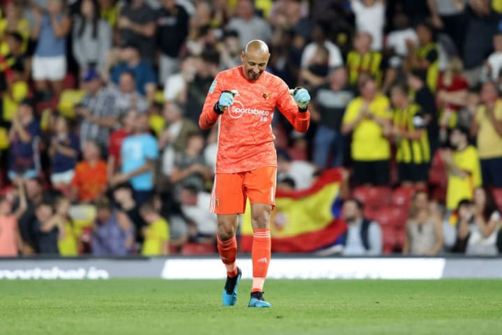 No, Heurelho Gomes has not retired yet