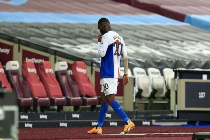 The red mist descended on Benteke at the weekend and he received his marching orders.