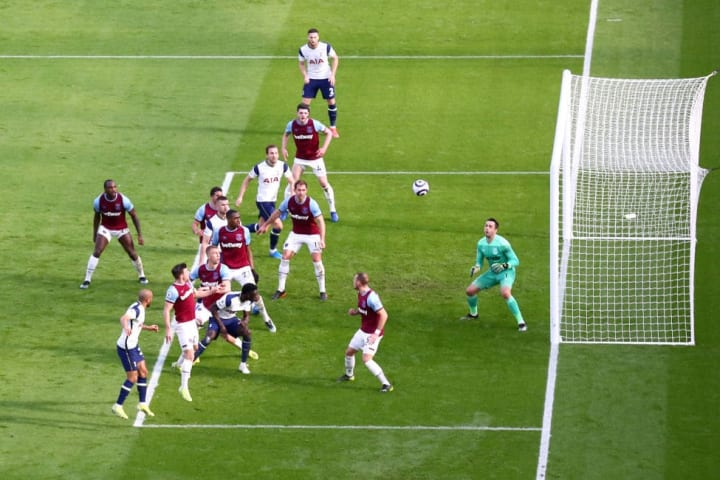 Lucas scoring Tottenham's consolation at West Ham