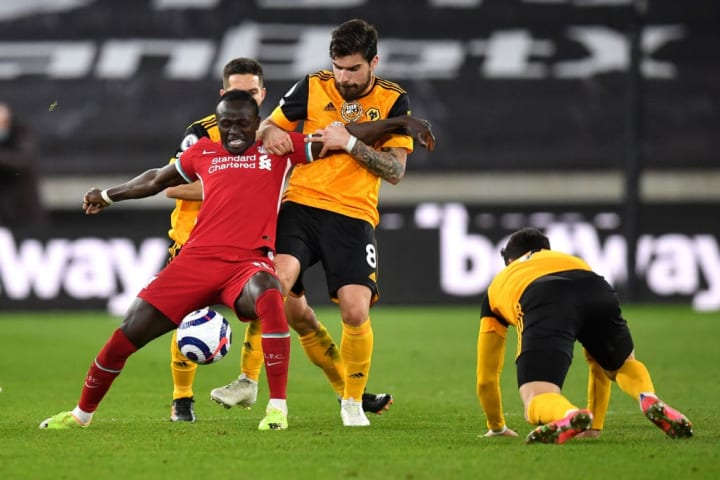Neves faces up against Mane