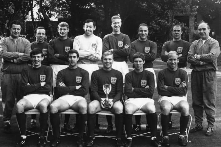 Bobby Moore, Geoff Hurst, Allen Ball, Bobby Charlton