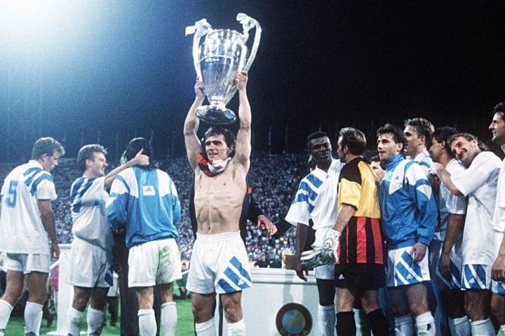 Los únicos 5 equipos que salieron campeones de la Champions League sin perder ningún partido 1