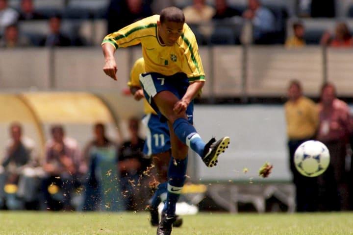 Ronaldinho Gaúcho R10 Bruxo Copa do Mundo Seleção brasileira