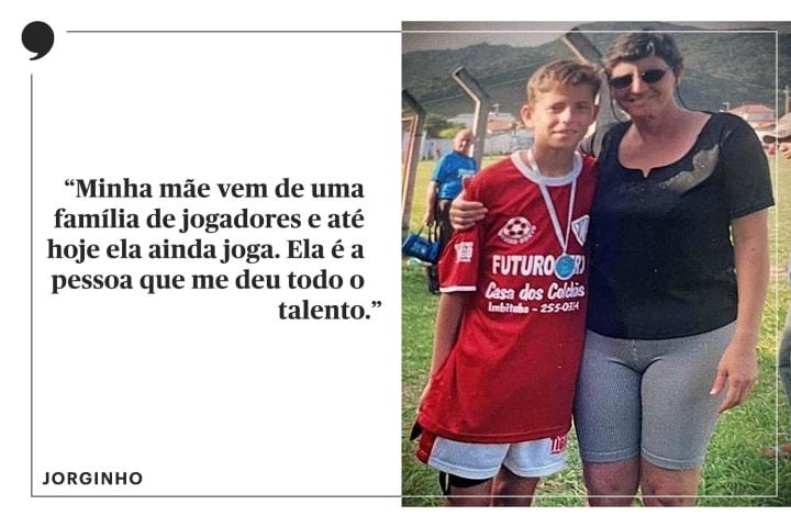 Mae Jorginho jogadora futebol