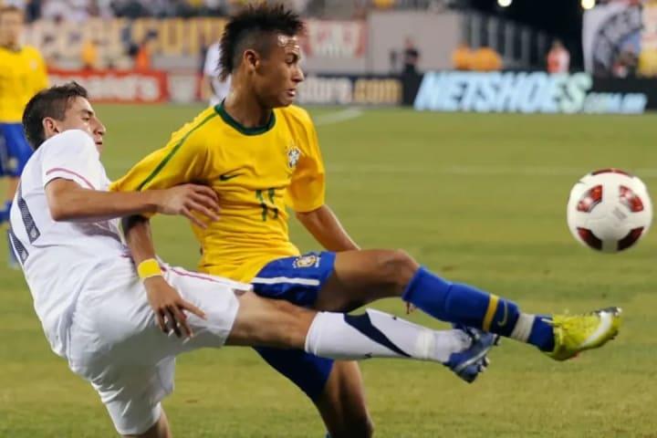 Neymar moicano Brasil