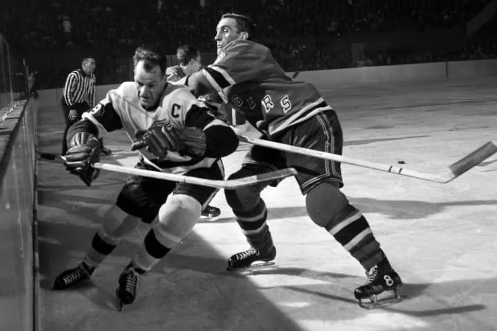 Gordie Howe   Detroit Red Wings   The Players' Tribune