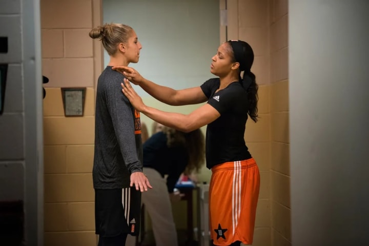 1:26PM In the West team locker room to practice my game introduction with Maya Moore.