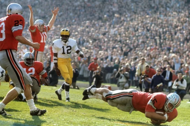 Ohio State's Jim Otis scoring a touchdown against Michigan at Ohio Stadium in 1968.